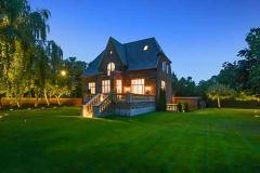 Villa i ryvang med stor have