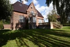 Villa med luksus have